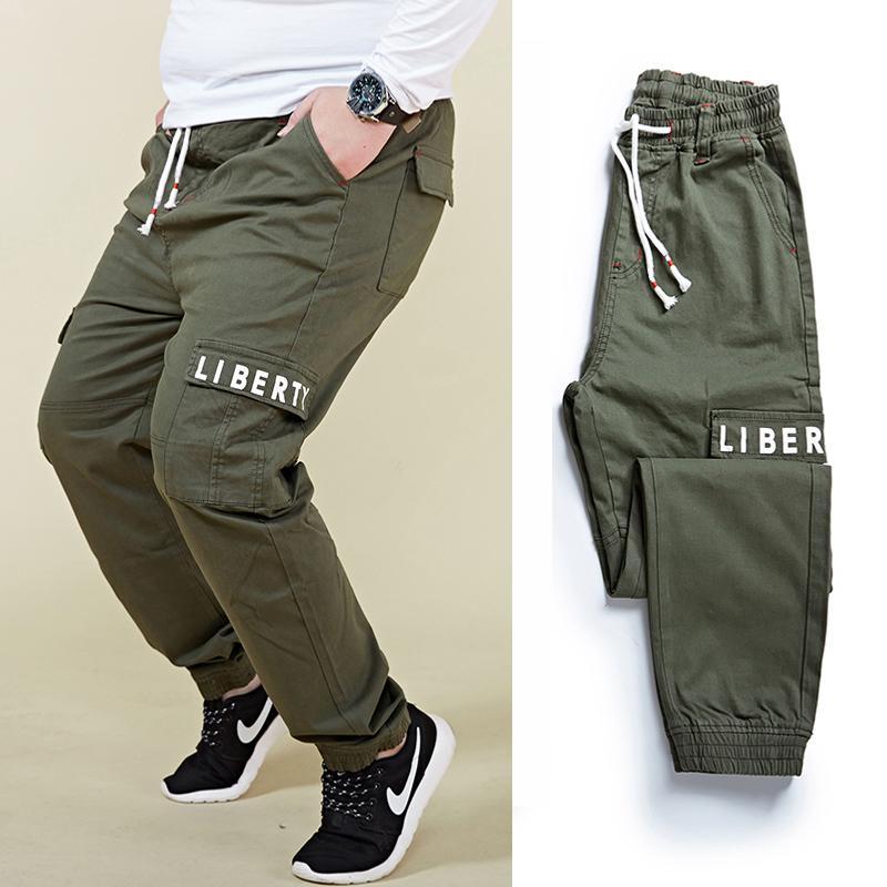 Más tamaño 6XL 7XL 8XL hombres Harem Cargo pantalones moda carta impresión cintura elástica gran bolsillo haz pie pantalones casuales pantalones masculinos V200417