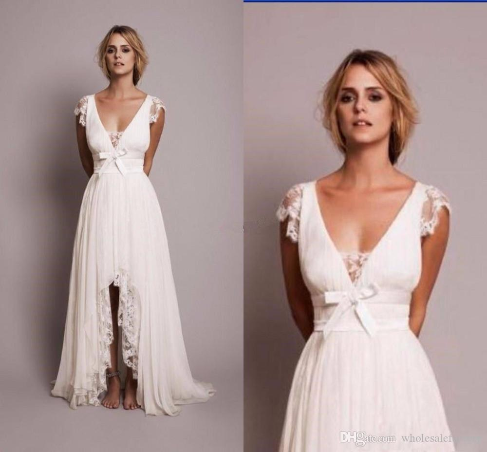 Vintage Spitze einer Linie Boho Strand Brautkleider 2020 mit V-Ausschnitt mit Flügelärmeln Chiffon Hallo Lo Country Style Bridal Brautkleider