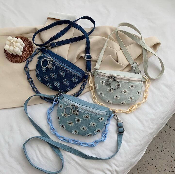 Factory wholesale women handbag outdoor leisure wash jeans messenger bag new acrylic chain decoration women shoulder bag canvas casual bag