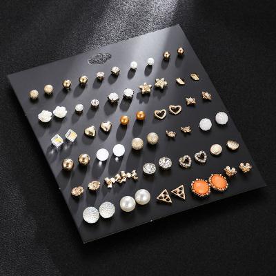 Multi-couleurs 30 paires / set Boucles d'oreilles en cristal élégantes boucles Allergy Pin mignon Set Perle fleur de coeur Boucles d'oreilles pour Bijoux Femmes Filles M259Y
