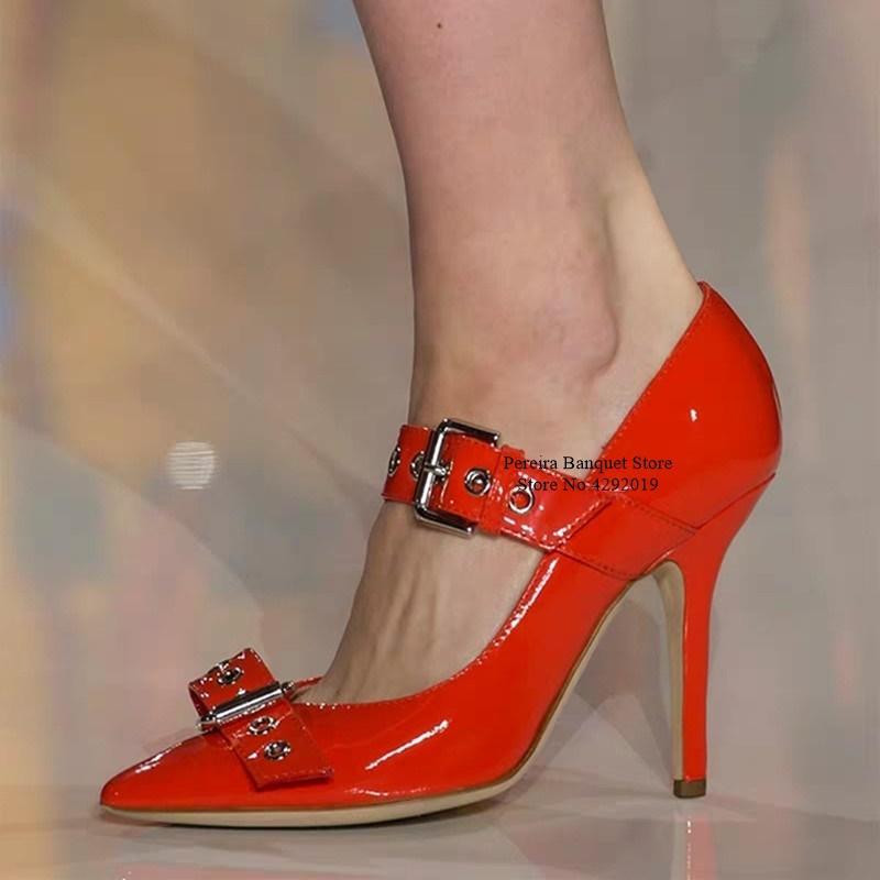 Стильный металлический пряжка ремень Высокий каблук Насосы Красный Черный лакированной кожи Мелкая платье обувь Вырежьте Свадеб Banquet обувь Wome