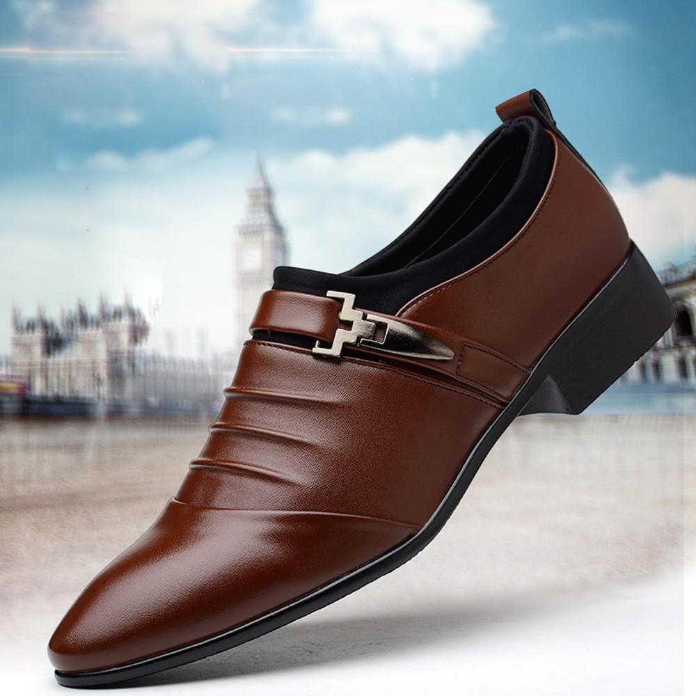 Les nouveaux hommes Brogue Souliers formels avec des chaussures en cuir d'affaires de grande taille Carved italienne formelle Oxford pour l'hiver Pu belle robe D5