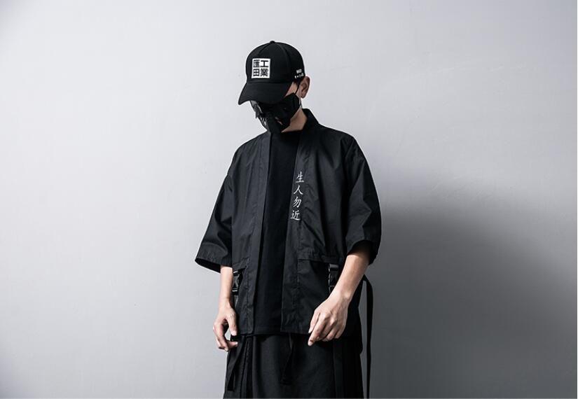 Nakış Çince Karakter Çin tarzı Erkek ceket Ve Mont Yaz Ince Japon Harajuku kimono Erkek Hip-Hop Şerit Ceket