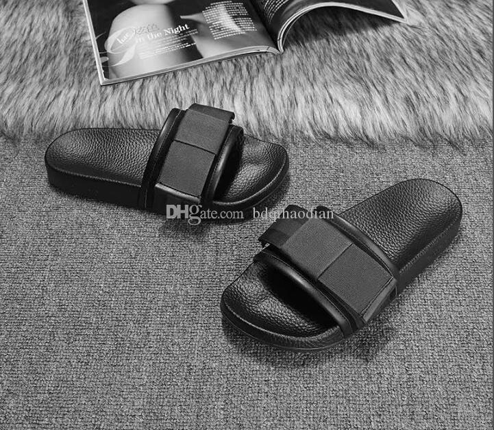 Männer Frauen Sandalen Designer-Schuhe Luxus Slide Summer Fashion Breitflach Slippery Sandalen Slipper Flip Flop Größe 35-45 WHITH Box