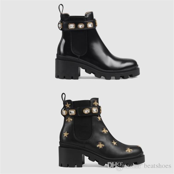 Kadınlar Tasarımcı Ayakkabı Martin Çöl Boot Flamingolar Aşk Ok 100% Gerçek Deri Madalya Kaba Kaymaz Kadınlar Kış Ayakkabı Boyutu US5-11