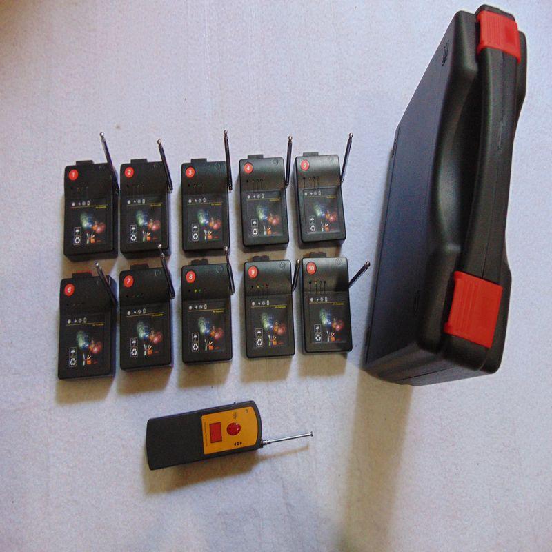 10 Cues Sender Schalterstufe 2019 neue Jahr Gebrauch Smart Black Box übergeben CE Home Garten CE FCC Bestanden Feuerwerk-System Firing