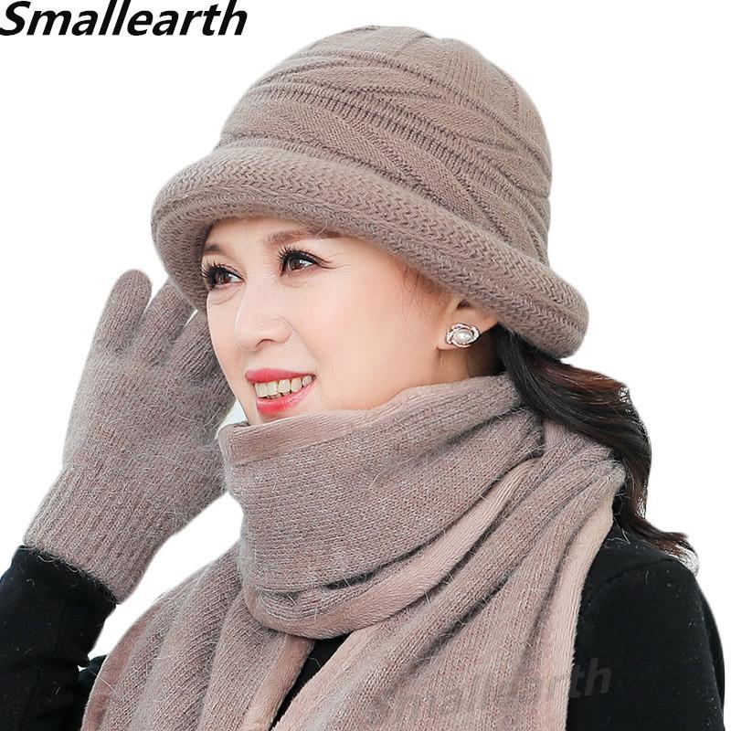 قفازات قبعة فرو النساء الشتوية الجديدة 3pcs وضعت سيدة الصوف الدافئ الحكاكة الوشحة 3pcs أمي Cap الهدايا سميكة شال الصوف