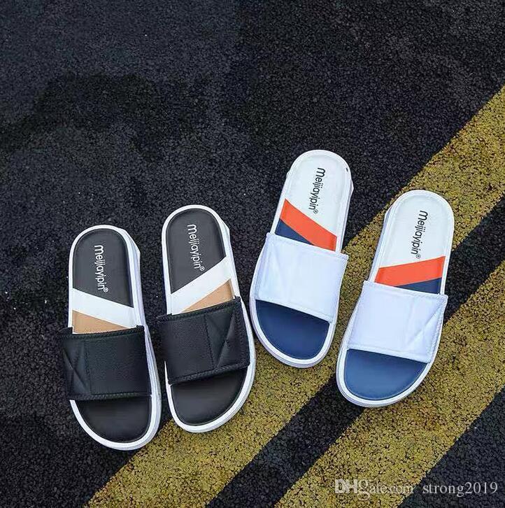 verano de las ventas directas nuevas tendencias de la moda coreana zapatillas casuales color sólido casa sencilla palabra de arrastre sandalias al aire libre masculinos