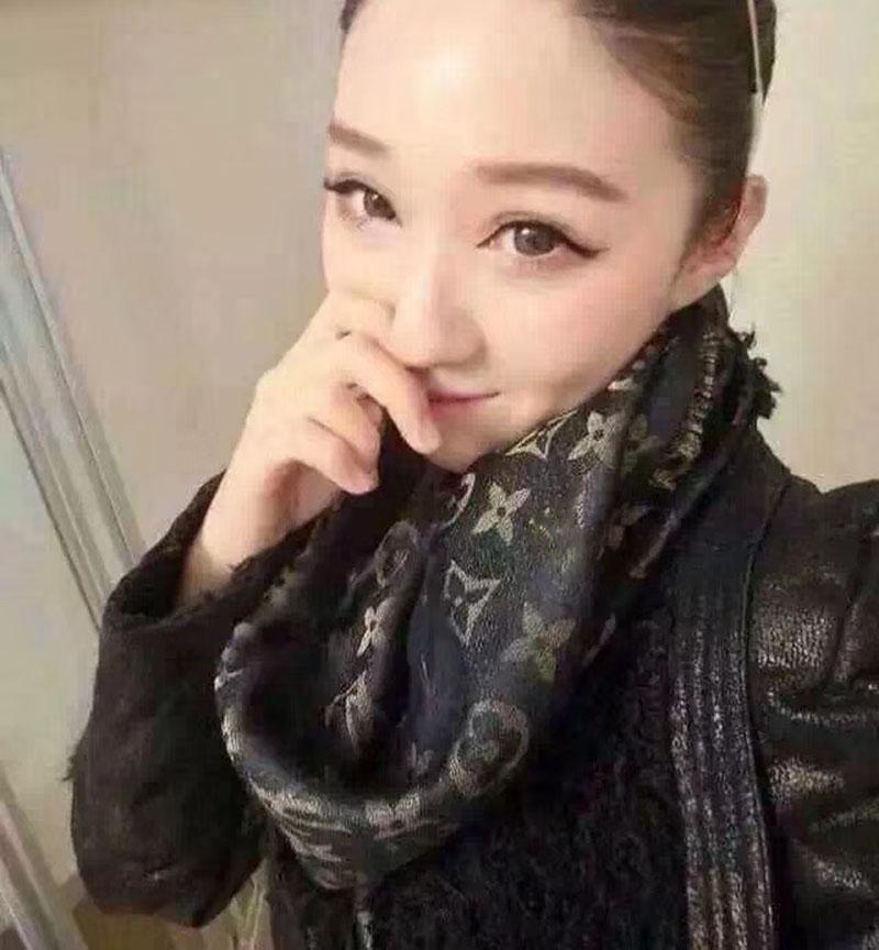Мода классическая золотая нить шарф мода человек женская 4 сезона шаль шарф шарфы размер около 140X140cm 15Color
