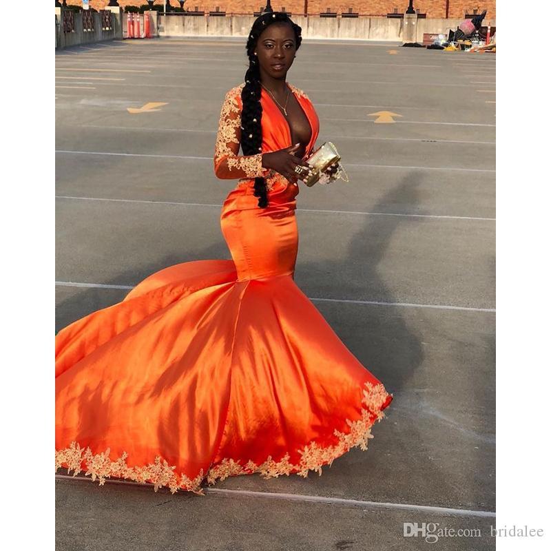 Sexy profondo scollo a V sirena abiti da ballo 2020 Nuovo tensione a maniche lunghe spazzatura in oro applique di pizzo arancione abiti da sera formale abito da festa
