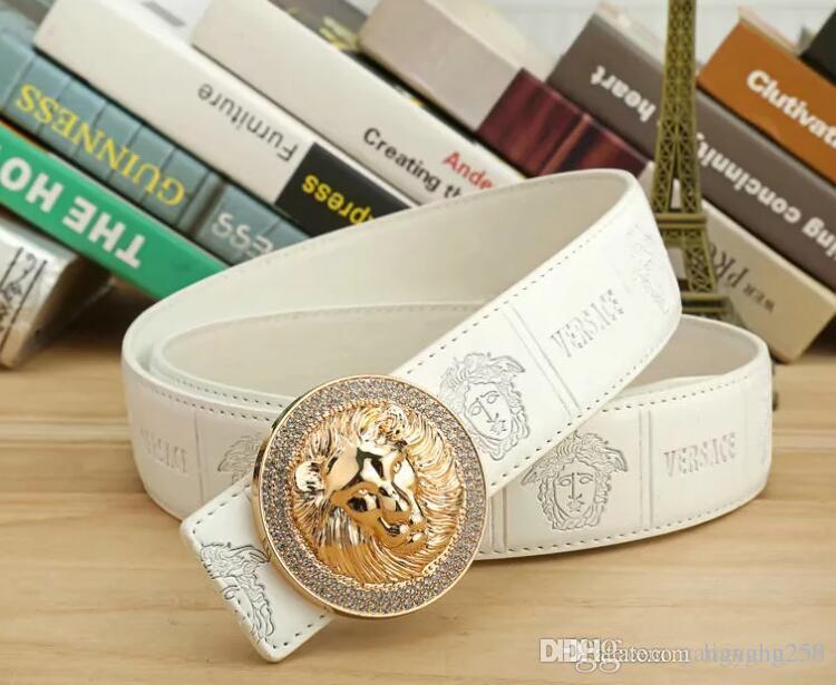 2020 Diseño Correas Correas para hombre del diseño de la serpiente de la correa de cuero de lujo de la correa real Cinturones de negocios Mujeres Grandes hebilla de oro