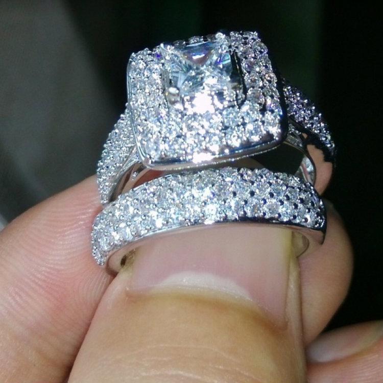 Белое золото Обручальные кольца Набор белый циркон Cocktail Party ЖЕНСКАЯ Мужские кольца Rhinestone кольца Серебряные кольца ювелирные подарки