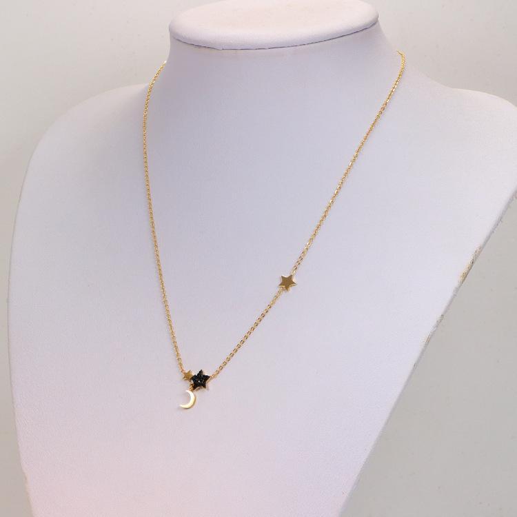 2020 neue koreanische stil schwarze diamant stern einzeln diamant anhänger halskette titanium stahl moon aushöhlen halskette kurze kette großhandel