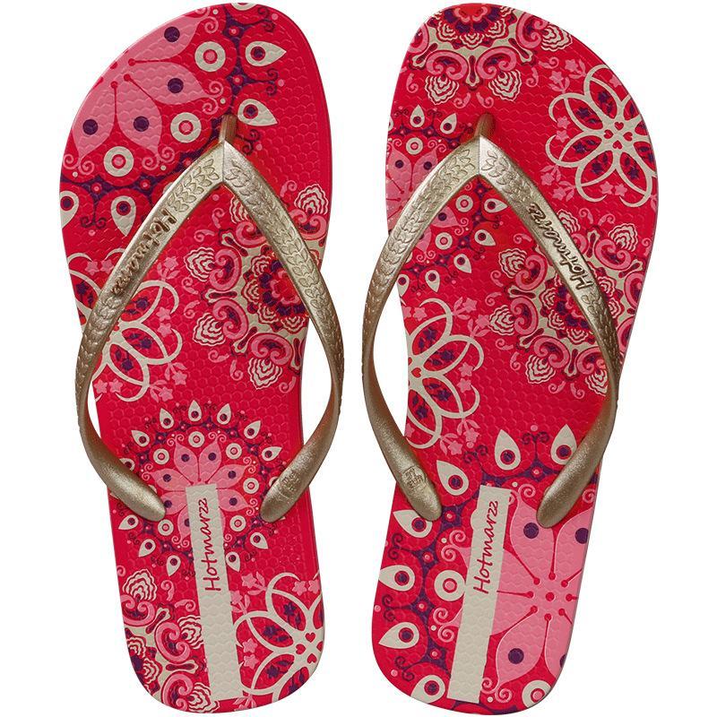 2020 Verão chinelos sandálias e chinelos fora desgastado feminina Bohemian versáteis no verão, com sandálias de calcanhar plana praia antiderrapante fixados