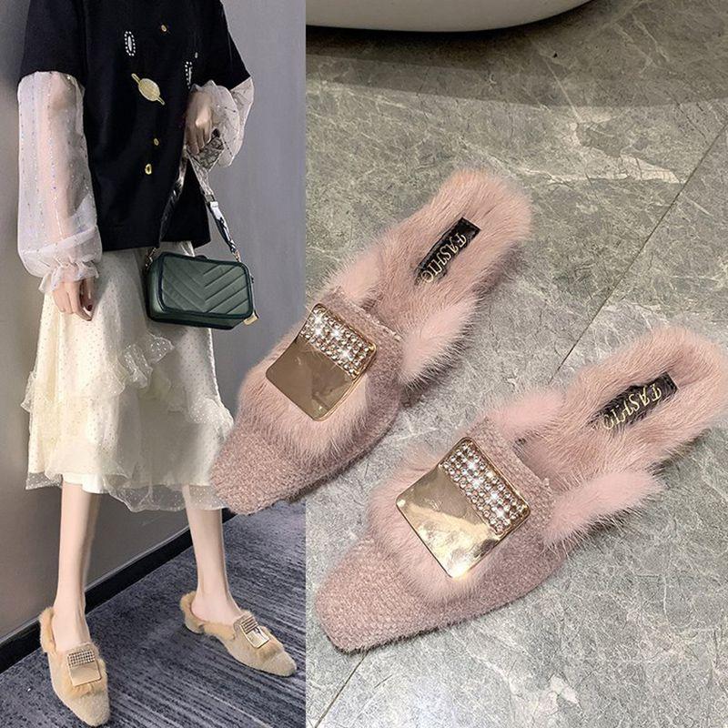Металлической пряжка твидовых мулов обувь женщина закрытый палец нога пушистые тапочки зима толстый каблук плюшевых теплой pantufas горками элитная меховая обувь