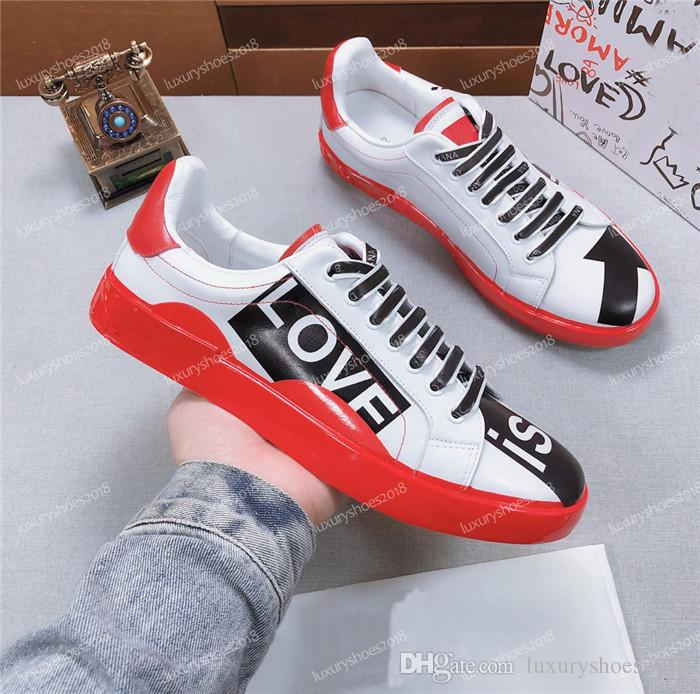 2019 Mens Luxury Designer Sneakers Casual Skateboard Shoes Poker Graffiti Canvas Skate Tennis Sneakers Chaussures Size 38-45