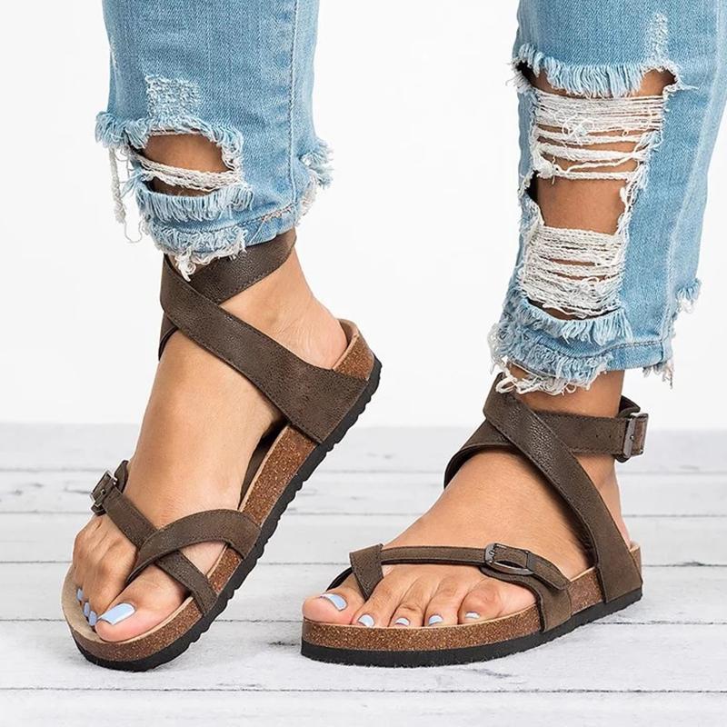 Grundlegende Frauen Sandalen 2020 neue Frauen-Sommer-Sandelholz-Plus-Größe 43 Leder Flache Sandalen Female Flip Flop beiläufige Strand-Schuhe Damen