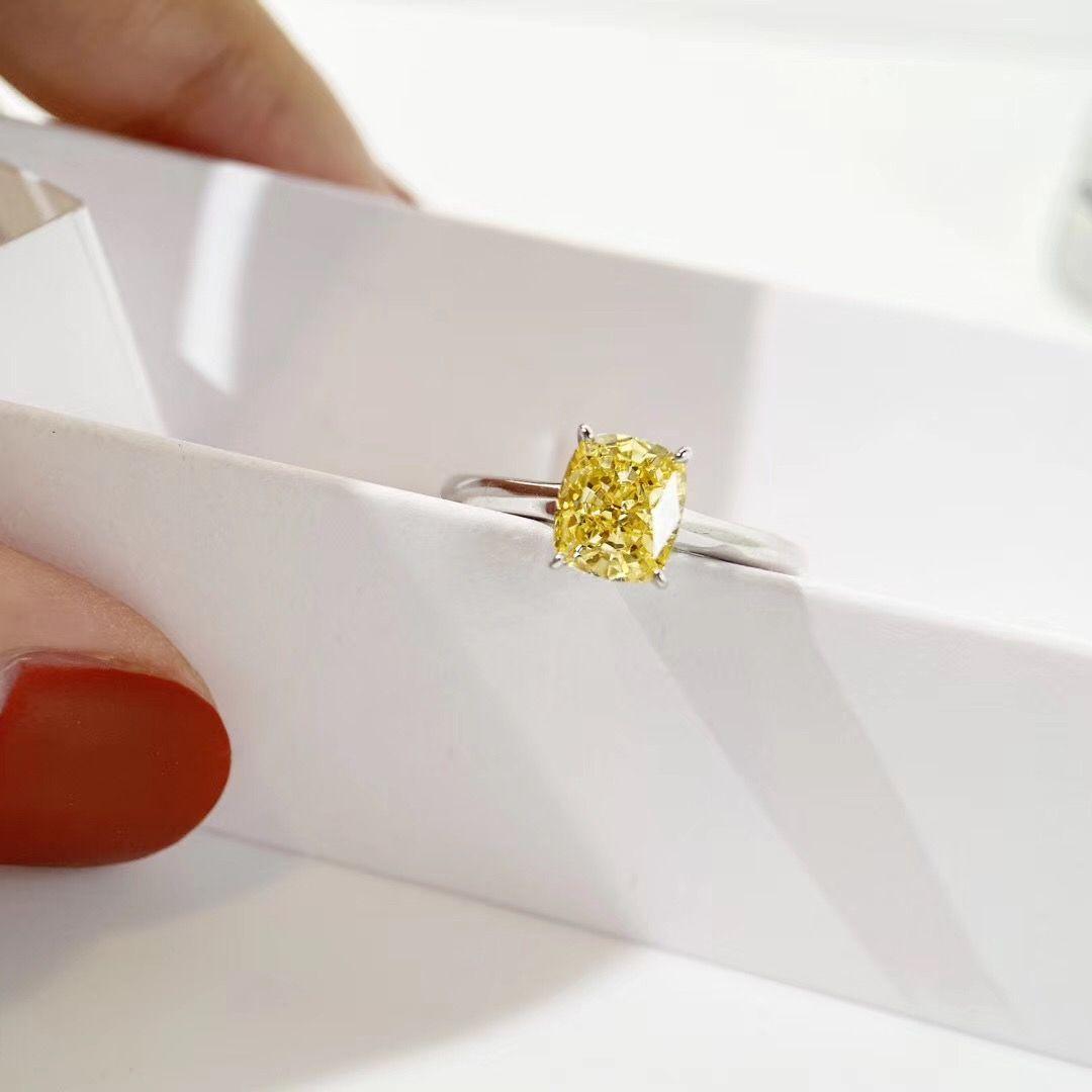 Горячие продажи 925 стерлингового серебра шпильки серьги с 1oct желтый бриллиант серьги ожерелье кольца для женщин свадьбы ювелирных изделий подарок PS6795