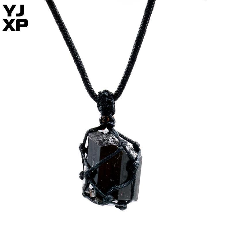 YJXP 1 Stück schwarz Wrapped Natürliche Turmalin Stein-Webart-hängende Halskette einzigartige unregelmäßige hängende Seil-Ketten-Schmuckherstellung
