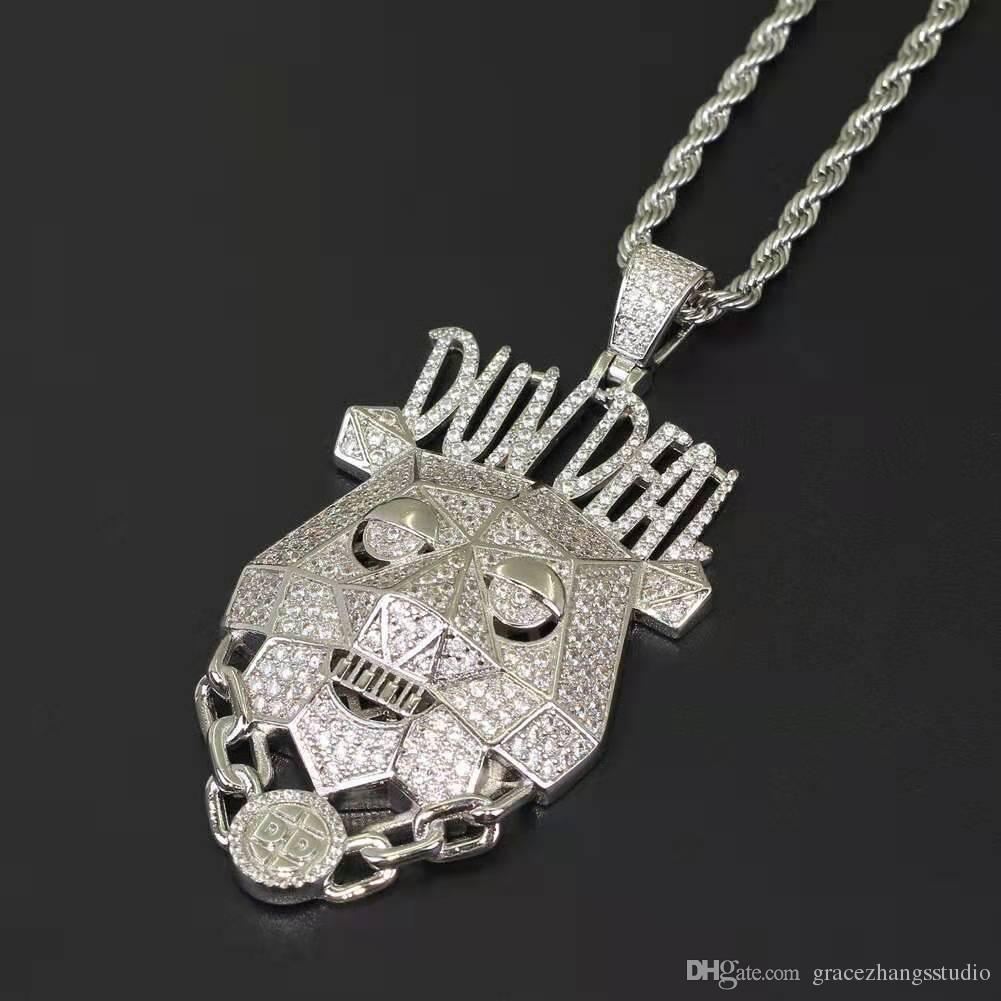 Hip hop DUNDEAL köpek kolye kolye erkekler kadınlar için lüks mektup altın gümüş Robot köpek kolye 18 k altın kaplama bakır zirkonlar takı hediye