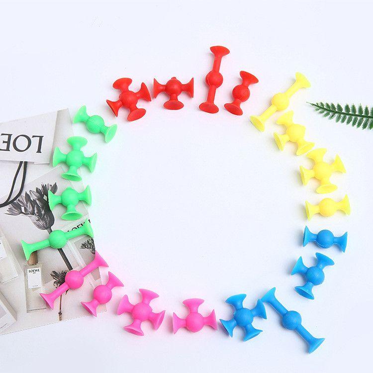 500pcs Kids DIY Creative Cartoon Plastic Toys 5 Colors Sucker Children Action Figures Toy Brain Imagination Splicing Suction Toy