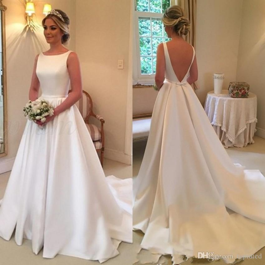 Barato simples Um Line Plus Size Wedding Vestidos plissados Pescoço da colher Backless varredura Trem vestido de casamento vestidos de noiva Vestidos de novia