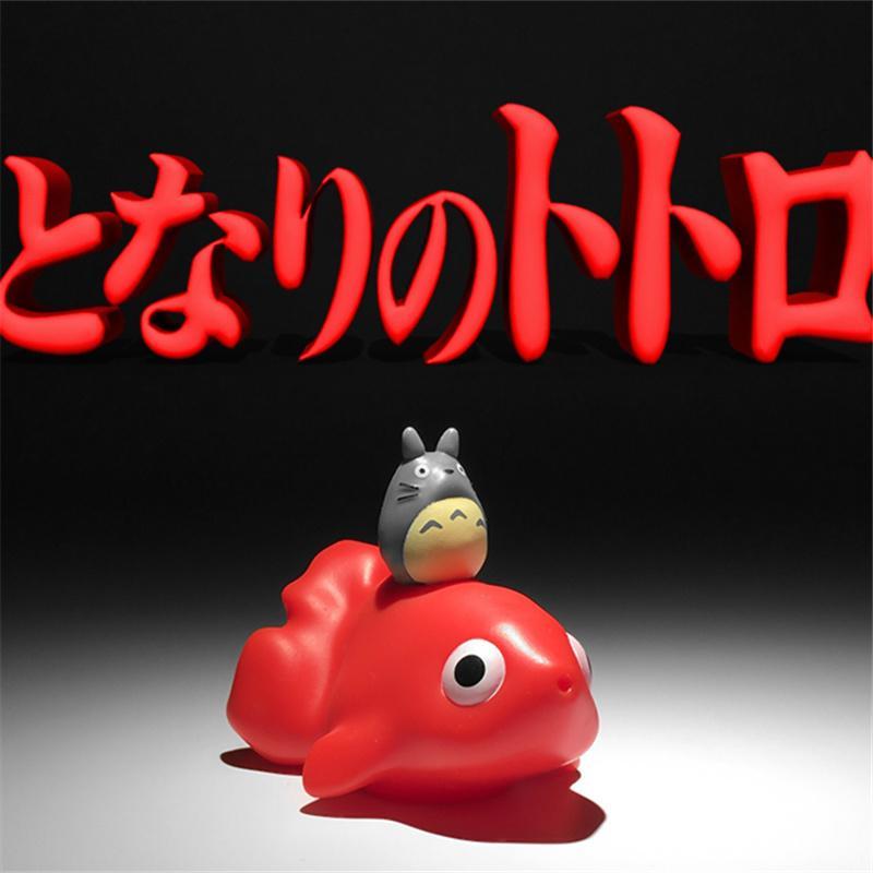 24pièce 5cm Totoro assis sur le poisson rouge action figure jouets jouets jouets de bain fontaine pour enfants