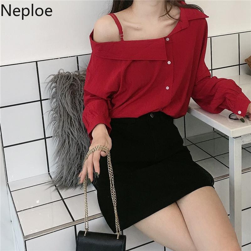 Neploe Sexy Skew Collar Strapless Sling Mulheres shirt 2020 Primavera manga comprida botões Blusa coreano elegante Sólidos Blusas 59190