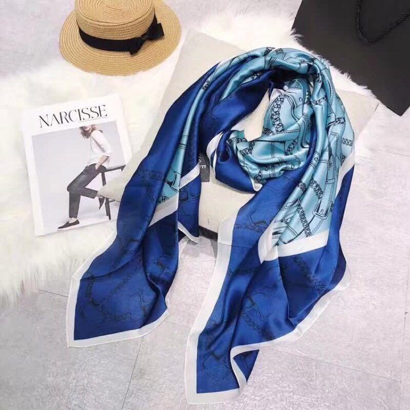 Kadınlar için tasarımcı moda aksesuarları kış ceket ipek eşarp çeşitli pembe çiçek aşk büyük şal ve echarpe lüks bayanlar atkılar ile veya
