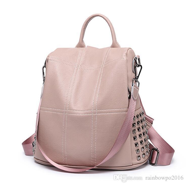 Fabrika toptan kadın çantası yüksek kaliteli yumuşak deri bayan çantası sokak trendi ekose moda sırt çantası perçin çok fonksiyonlu deri Backp