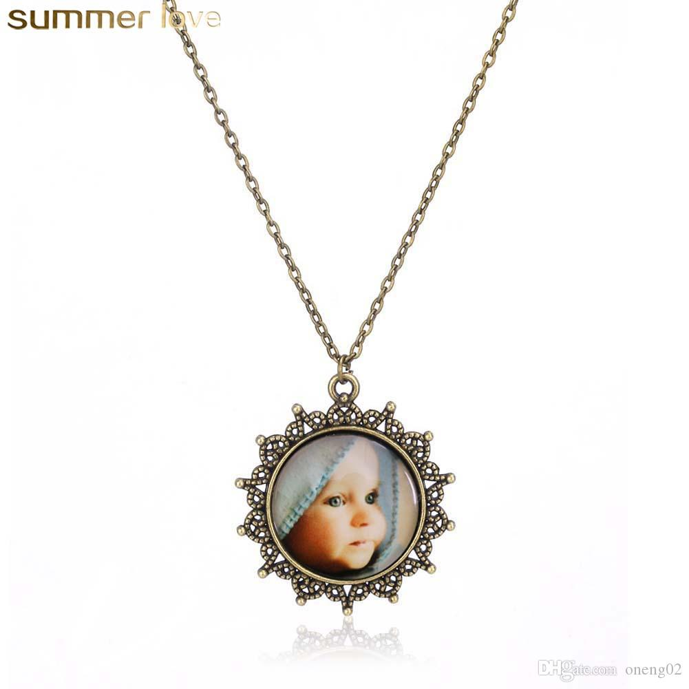 Handmade Glass Cabochon Pendant Necklaces Cute Baby Mom's Love Necklace Retro Bronze Chain For Women Wholesale Jewelry Gifts