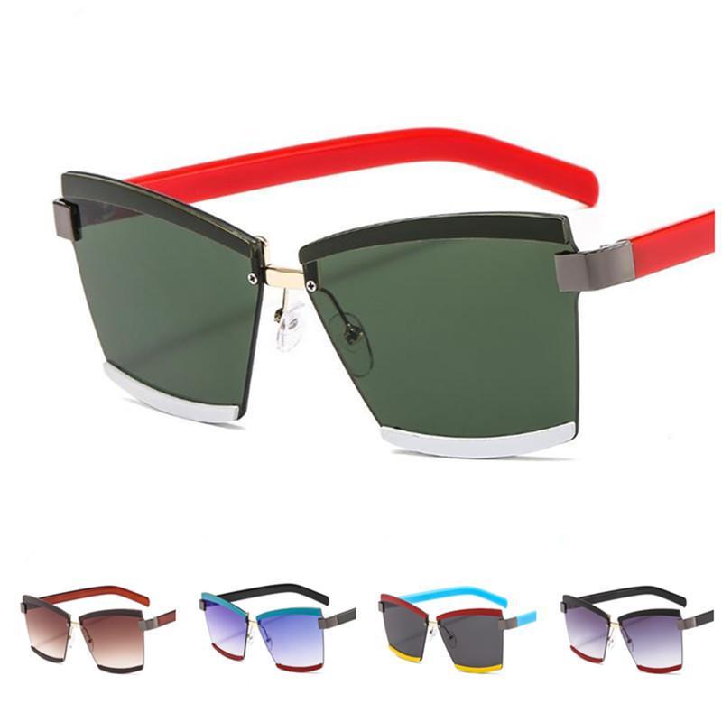 Occhiali da sole Donne Personalità Ornamentale Cuciture ornamentali Occhiali da ornamenti Fashionless Glasse Goggles Anti-UV Sun Color A ++ Uomo Uomo EyeGlasses Wqerf