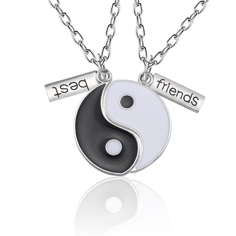 2pcs / Set de plata cadenas de acoplamiento de los mejores amigos de Tai Chi colgante en forma de collares para los hombres de Yin Yang chisme joyería en forma de collar