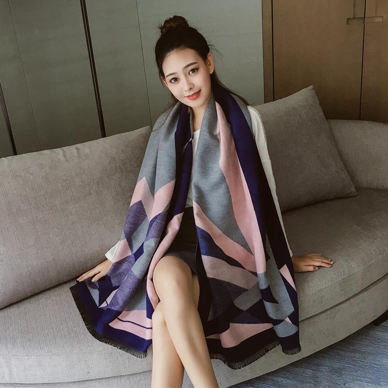 El nuevo otoño / invierno 2019 versión coreana chal grande de doble propósito térmica estampado geométrico imitación de cachemir engrosada larga bufanda