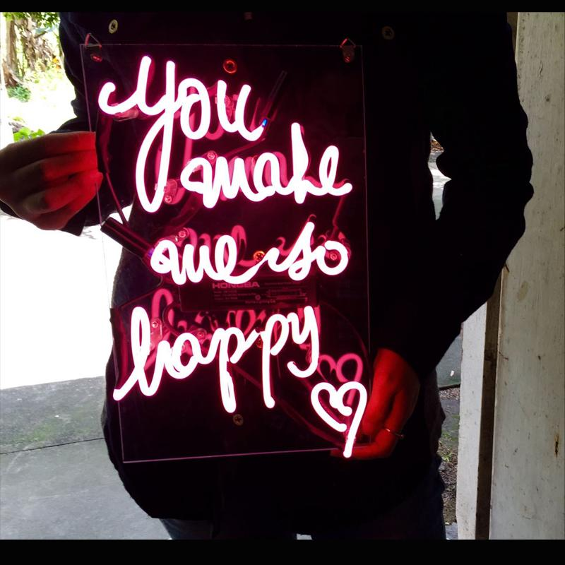 Handmade 'You make me so Happy' Neon Sign Light Factory Real Glass Neon Sign Light for Beer Bar Pub Garage Room Cheers