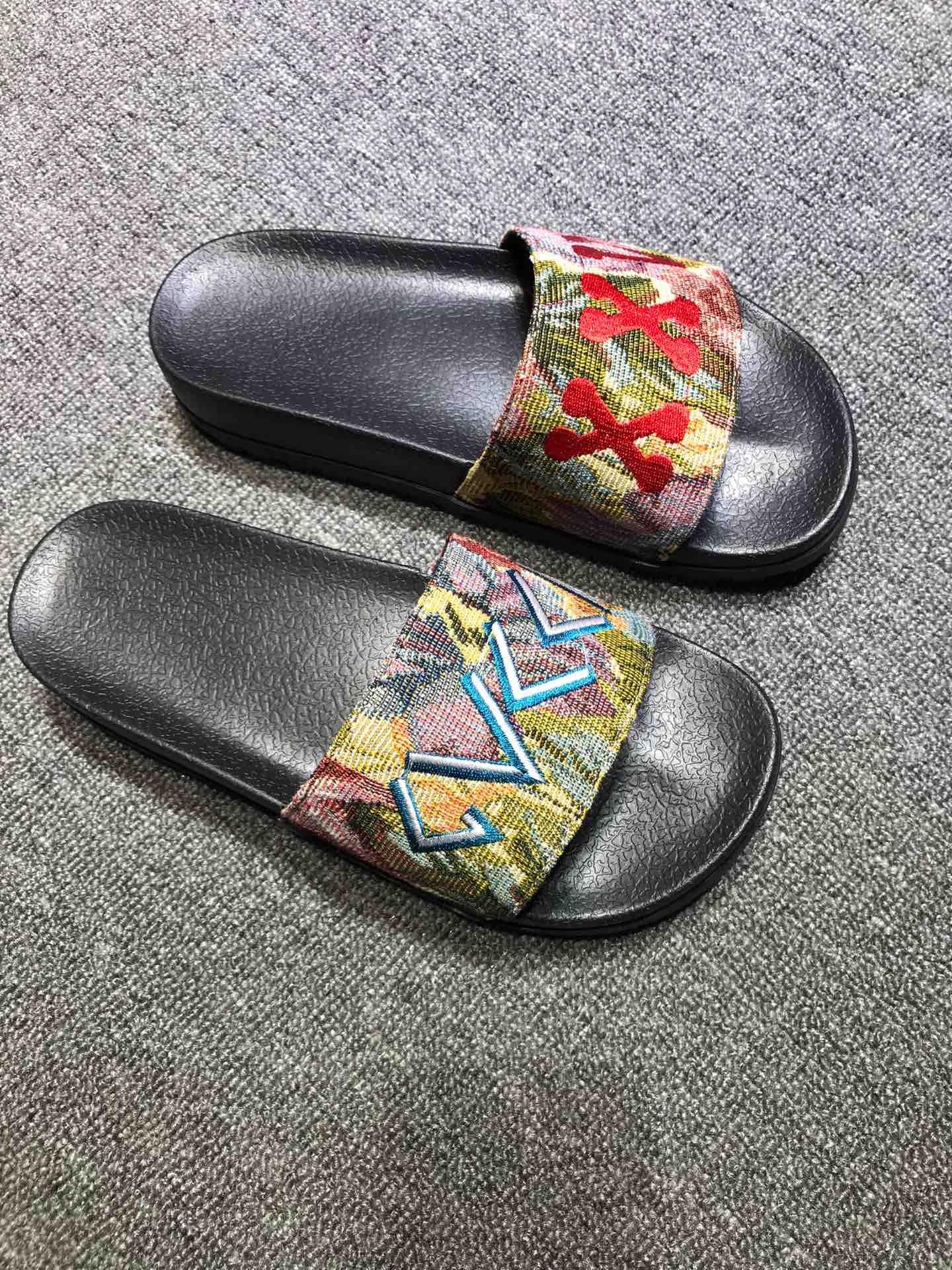 Mens Designer Flop Sandales flip Top qualité de luxe de chaussons Designer Tongs hommes Slides TAILLE: 35-46 HX027
