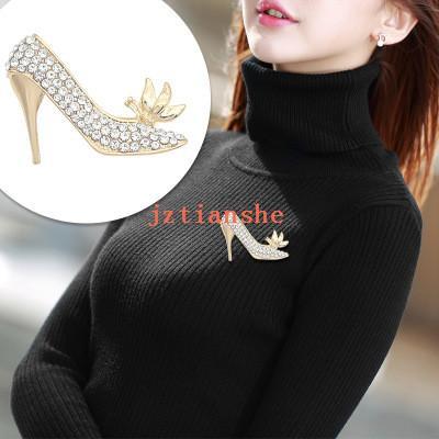Mode Creative haut talon style Broche de diamants personnalisés Mesdames costume shirt à la mode Accessoires de mode pour dames diamant Broches