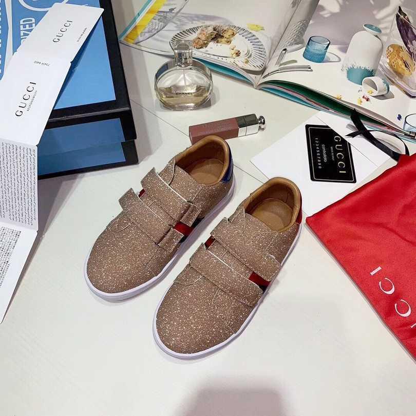 2019 Designer De Luxe Enfants Chaussures Garçons Marque Chaussures Mode Casual Enfants Chaussures Casual Garçon Filles Sneakers haute qualité