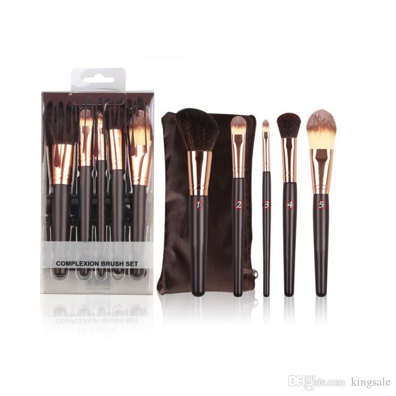 فاشن KJenner Makeup Brushes Cosmetics Professional Makeup Tools 5 قطع Set Soft Brushes Foundation Powder Eye shadow Brush