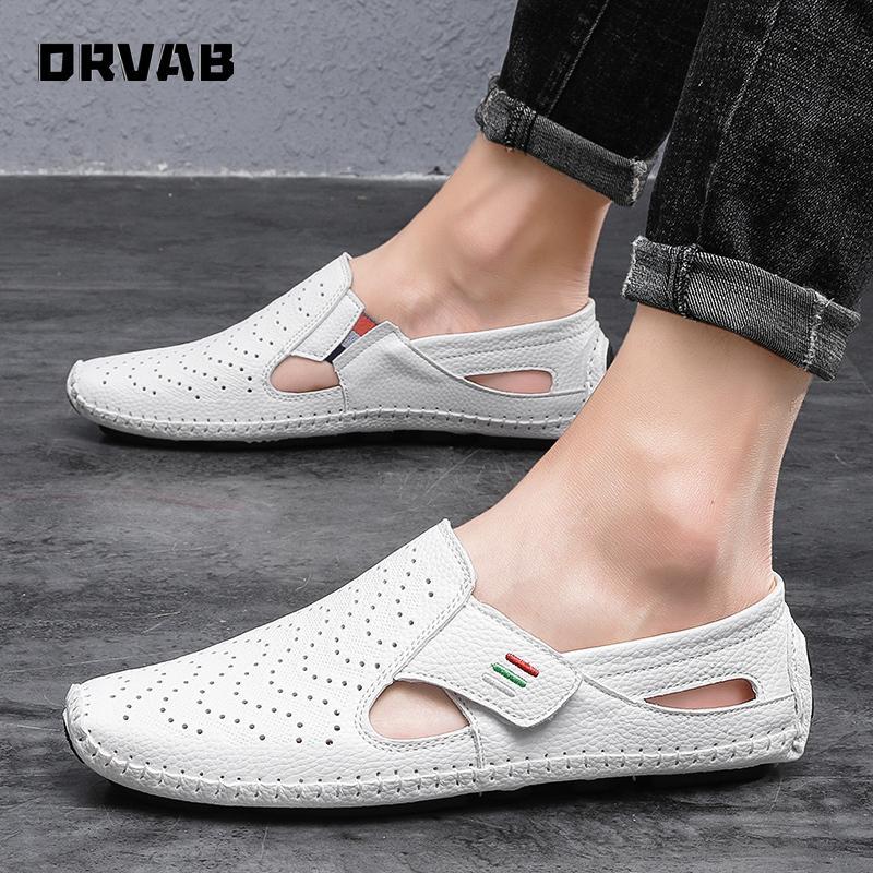 Yaz ayakkabı erkekler 2020 Moda Bölünmüş Deri Nefes Erkekler Günlük Ayakkabılar Siyah Beyaz Sneakers Düz Moccasin Yumuşak Loafers