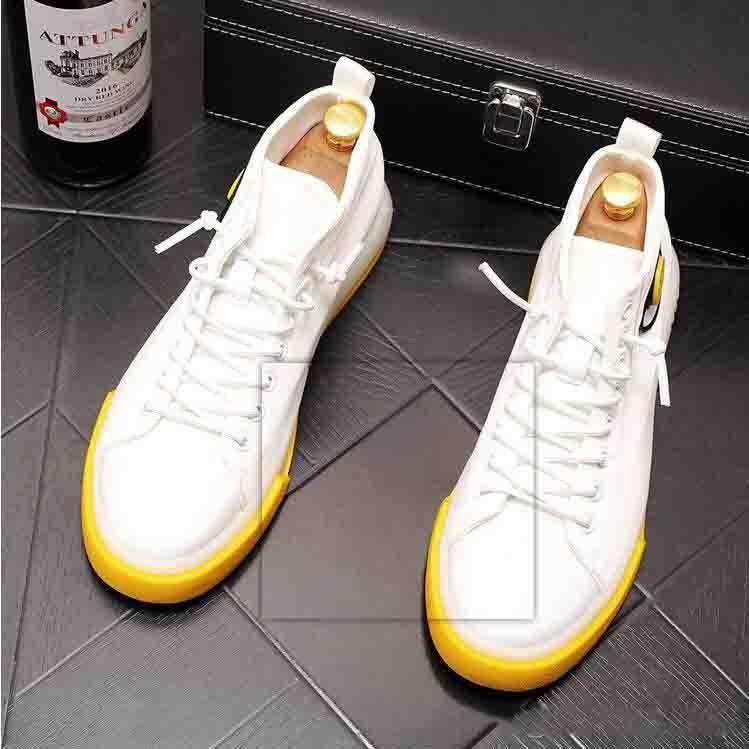De haute qualité Mode Hommes Chaussures de toile style rétro Top Chaussures Hommes lacent étudiants Loisirs Attelage Mocassins