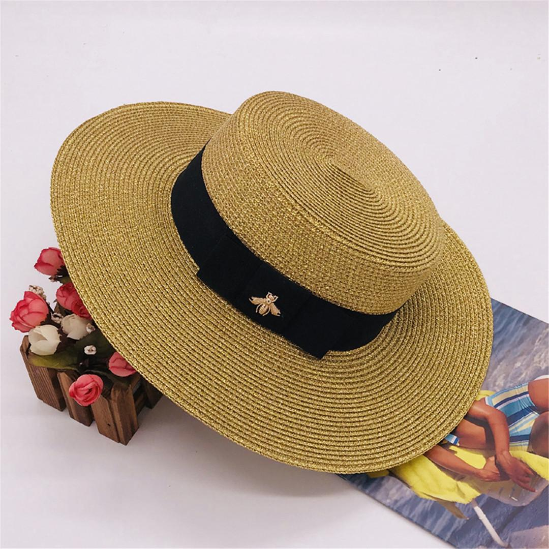 FASHION- Bee Chapeaux Designer Casquettes femmes large Brim chapeaux de luxe Summer Beach Chapeau Adjustable Cap New Mode Hot Vente Herbe Hat Top Haute Qualité