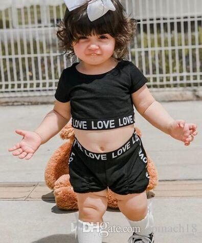 Новое лето новорожденных девочек набор дети с коротким рукавом письма короткие топы футболка + шорты 2 шт. одежда набор Детская одежда черный 4446