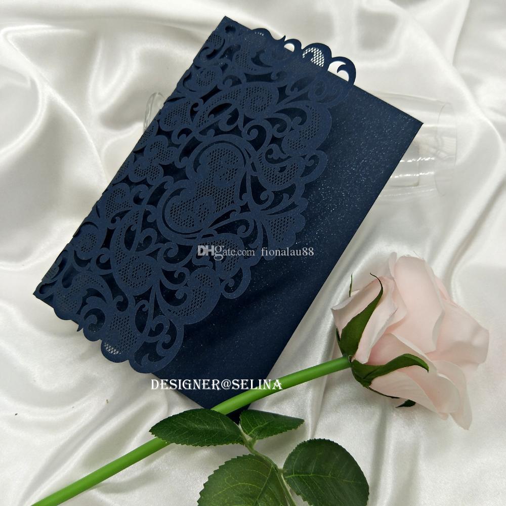 Invitaciones elegantes de la boda Azul marino Shimmy Silver Glitter Botter Láser Cut Invitaciones de bolsillo para quinceañera con tarjeta RSVP