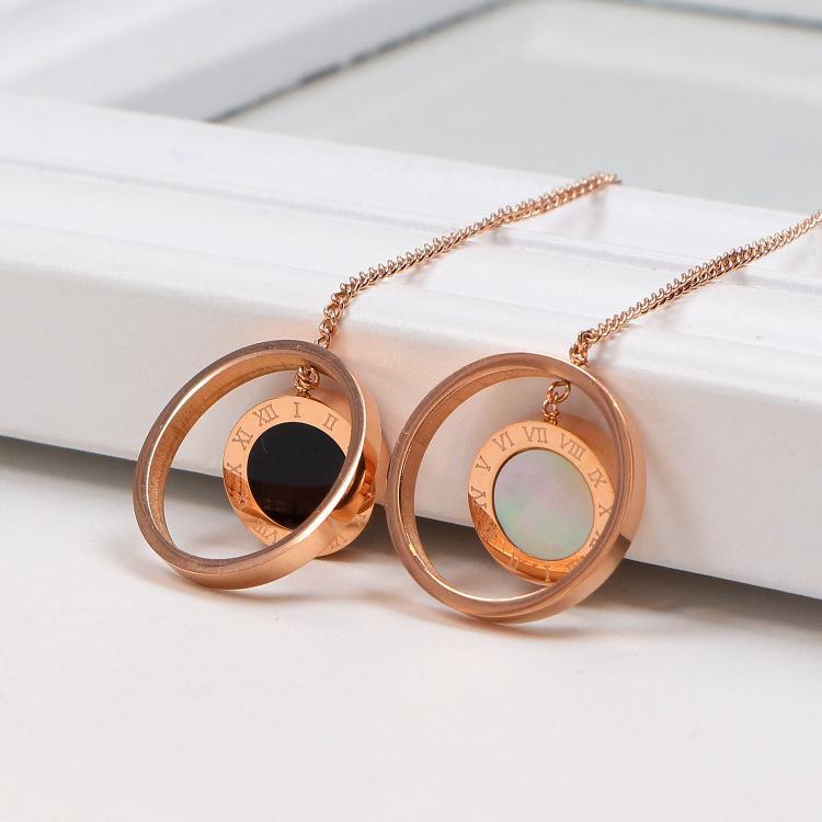 2020 Neue koreanische doppelte ring schwarz-weiße römische zimoral ohrringe titanium stahl plattiert 18k rose gold schmuck ohrringe briefs großhandel