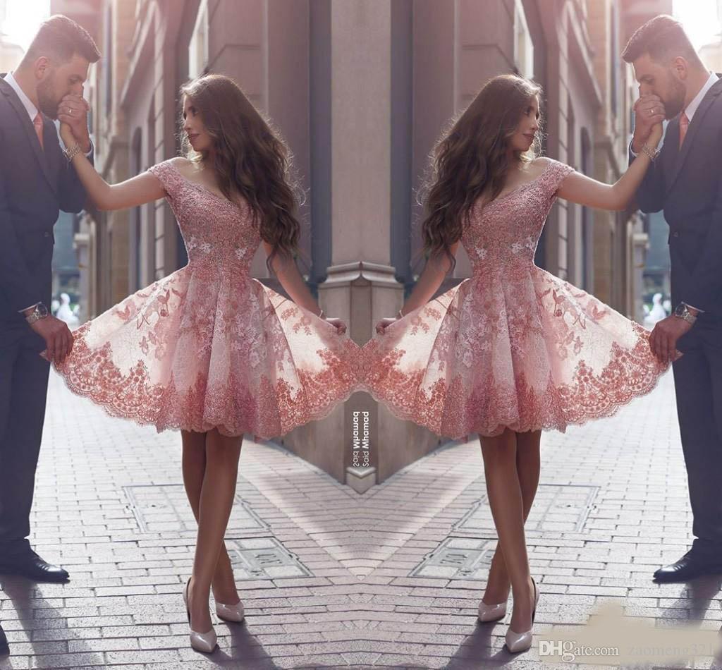 Polvoriento rosa nuevo estilo árabe casero vestidos de hombros apliques apliques tapa mangas corta vestidos de fiesta sin espalda vestidos de cóctel sin espalda