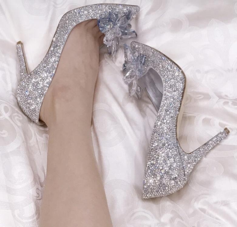 مضخات جديدة سندريلا حجر الراين الأحذية الزفاف الزفاف الكريستال الزهور الفضة خنجر أحمر كعب 5CM 7cm و9CM مأدبة مصمم EU41