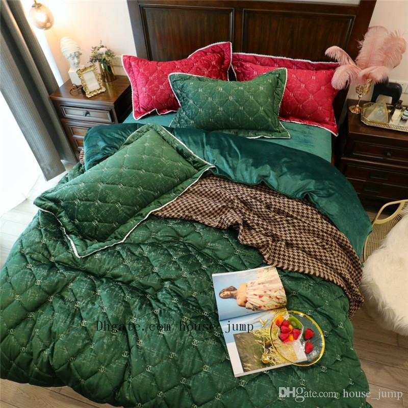 Green X Letter Autumn And Winter Quilt Suit Soft Nap Simple Bedroom Bedding Supplies Embroidery New Colorful Comforters & Sets