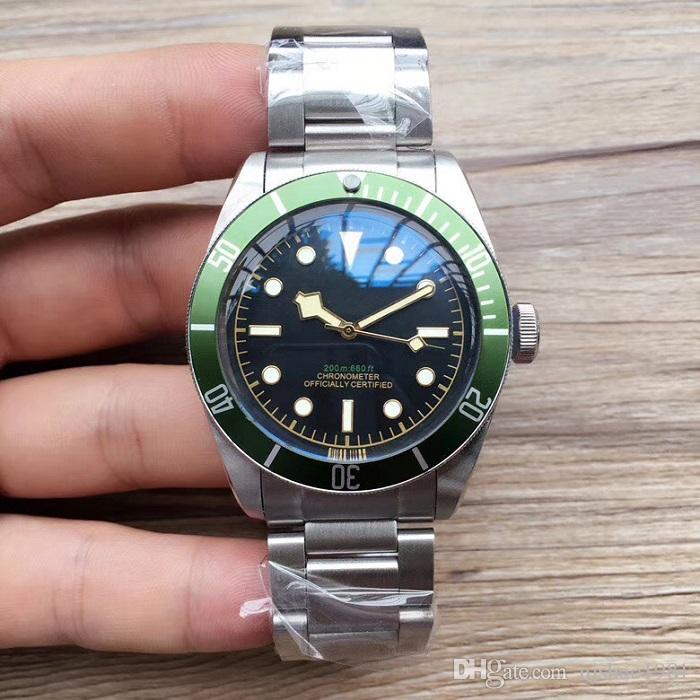 Hombres Sport Relojes Verdes Relojes de pulsera Hombres de acero inoxidable Movimiento Aceros Reloj Wristwatch MIHAJ AUTOMÁTICO