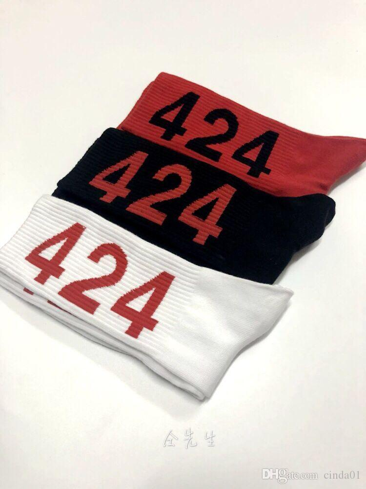 남자 양말 424 수 놓은 망 브랜드 디자이너 힙합 스트리트웨어 니트 코튼 남성 여성 길이
